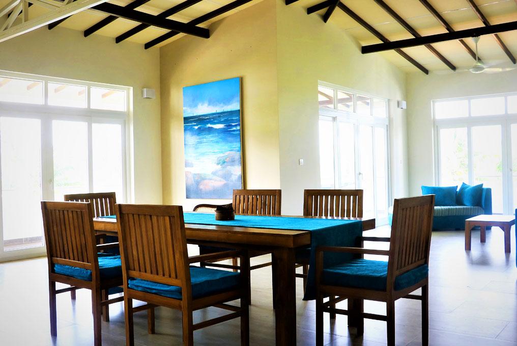 Ceylon Suite sitting area